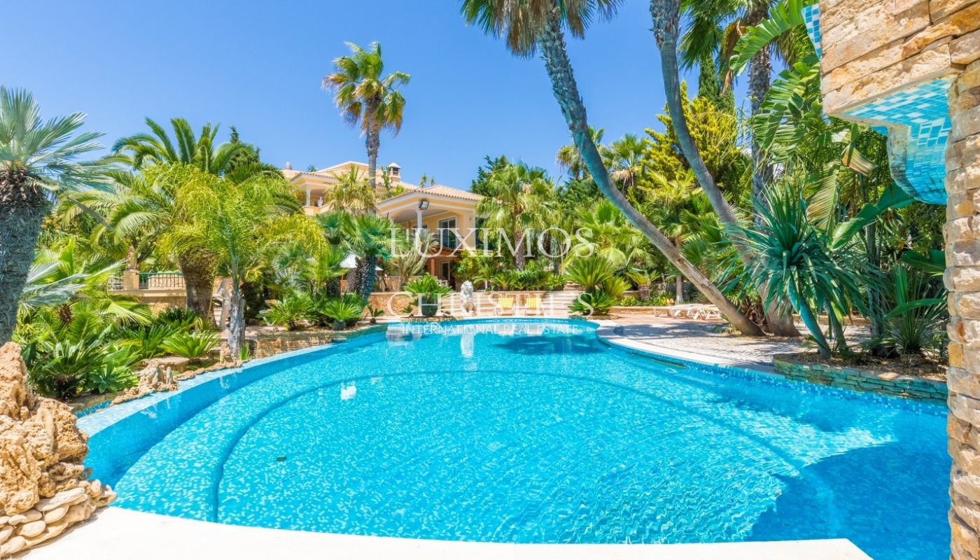 Villa for sale with pool and tennis court, Albufeira, Algarve,Portugal
