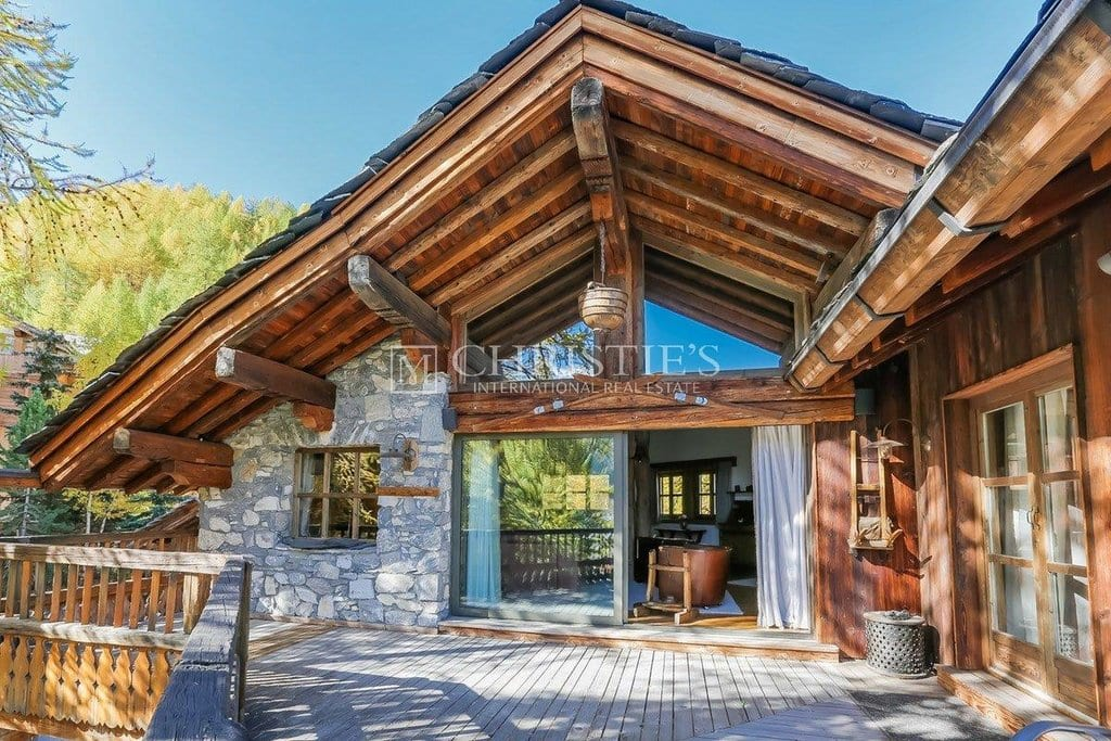 Val D'Isre. Exceptional Chalet.
